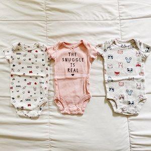 Carter's Newborn Onesie Bundle